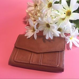 👛Fossil // Vintage Brown Leather Wallet